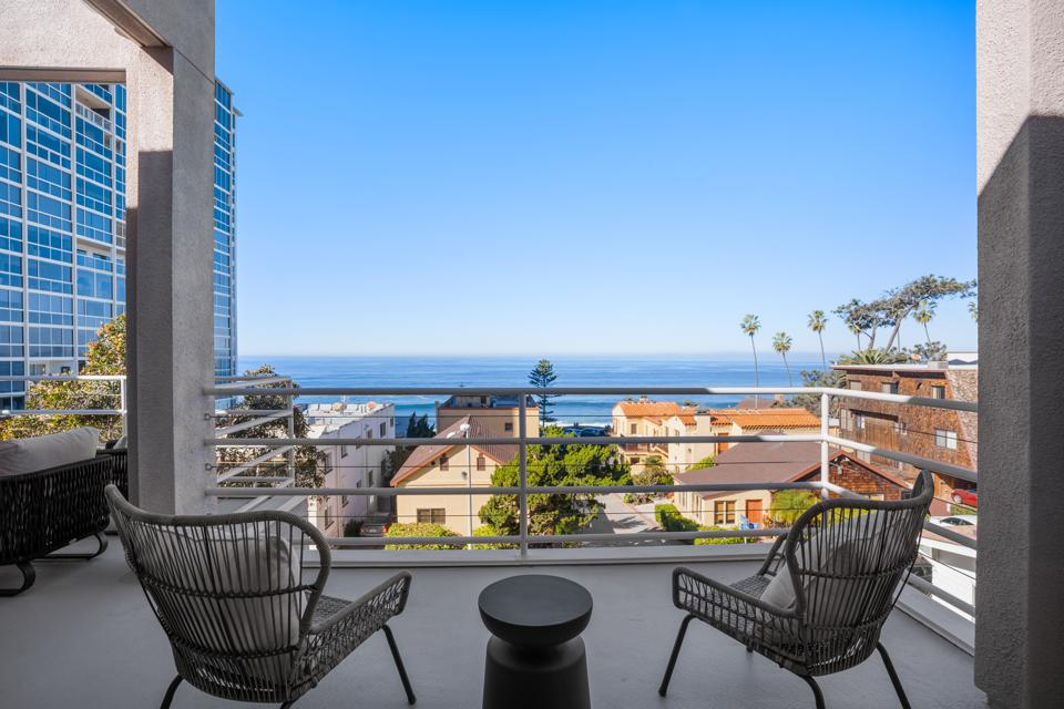 Faiya Fredman's longtime live-work residence in La Jolla takes in an ocean view