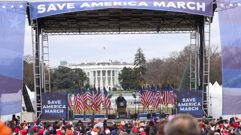 Trump holds rally in Washington D.C as ″Save America March″