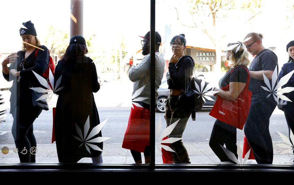 Recreational Marijuana Sales Begin Gradually In California