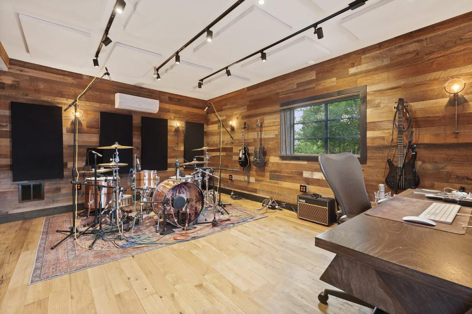 The recording studio inside the Hollywood Hills home at 3028 Paulcrest Drive