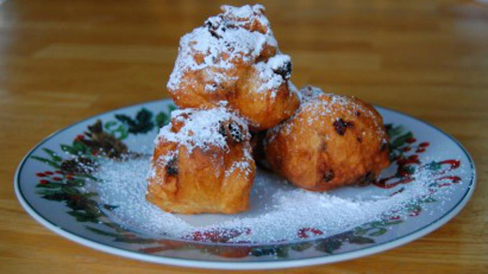 Olliebollen traditional Dutch Holiday pastry balls