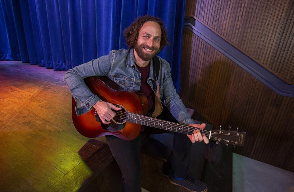 Todd Kessler, Chicago-based singer songwriter and former contestant on NBC's 'The Voice,' performs on stage at Hey Nonny. Monday, January 18, 2021 in Arlington Heights, IL (Photo by Barry Brecheisen)