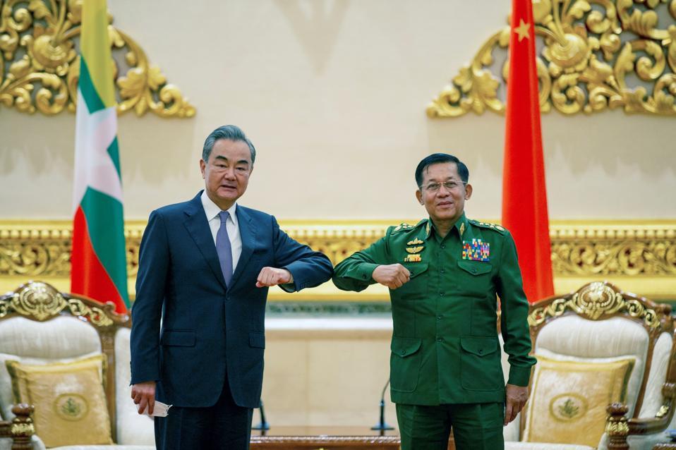 MYANMAR-NAY PYI TAW-CHINA-WANG YI-MIN AUNG HLAING-MEETING