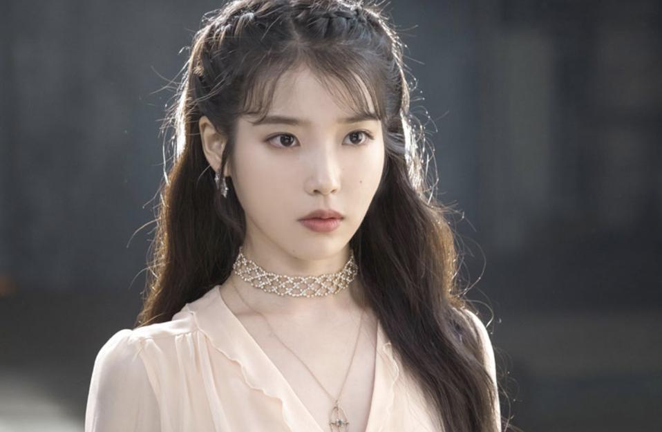 Lee Ji-eun, better known as IU, will star in the drama 'Hotel Del Luna.'