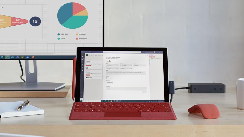 Surface Pro 7+ (Microsoft Press)