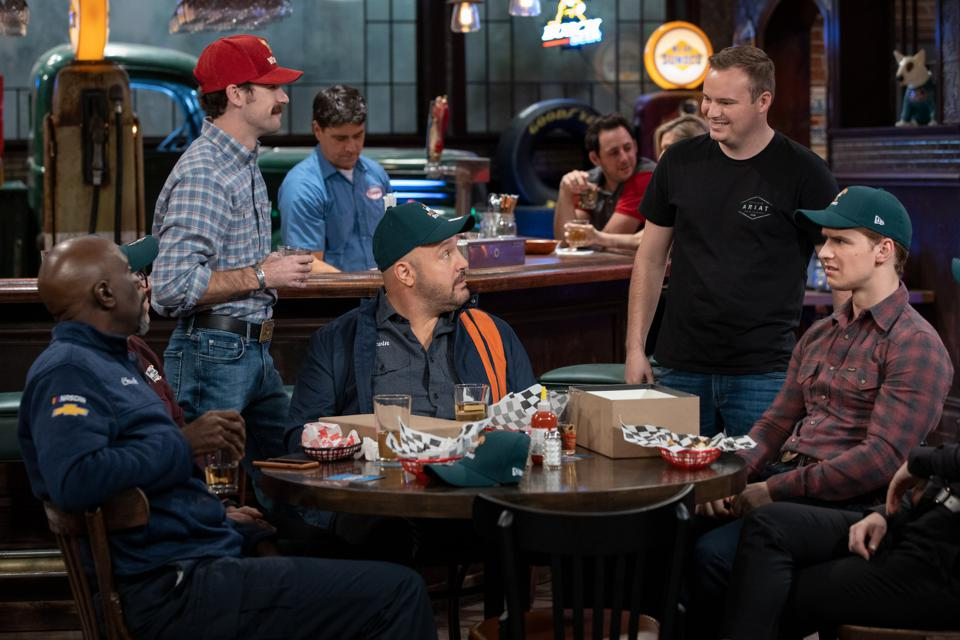 Kevin James returns with a Nascar-themed show.