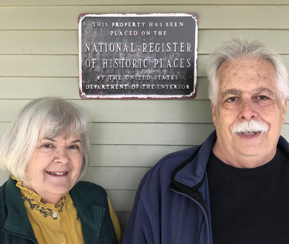 Sharon and John Dumont