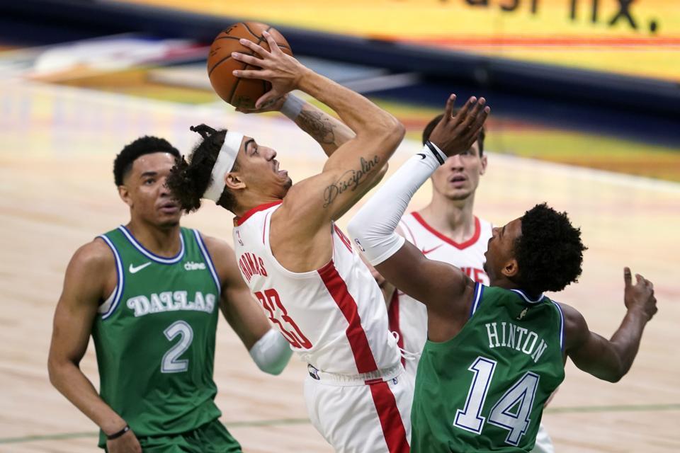 Rockets Mavericks Basketball