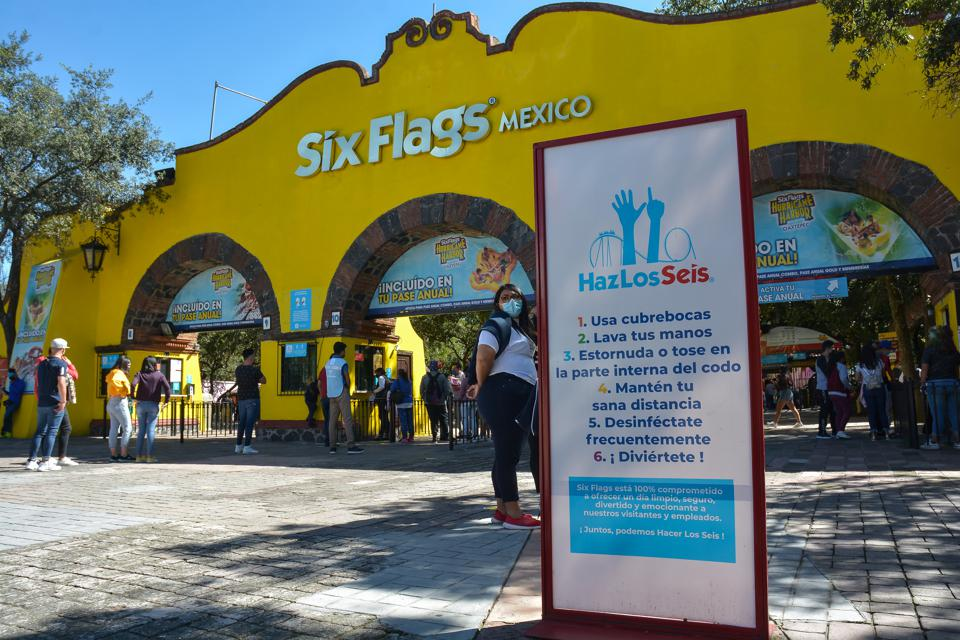 Mexico City Six Flags Reopens After COVID-19 Lockdown