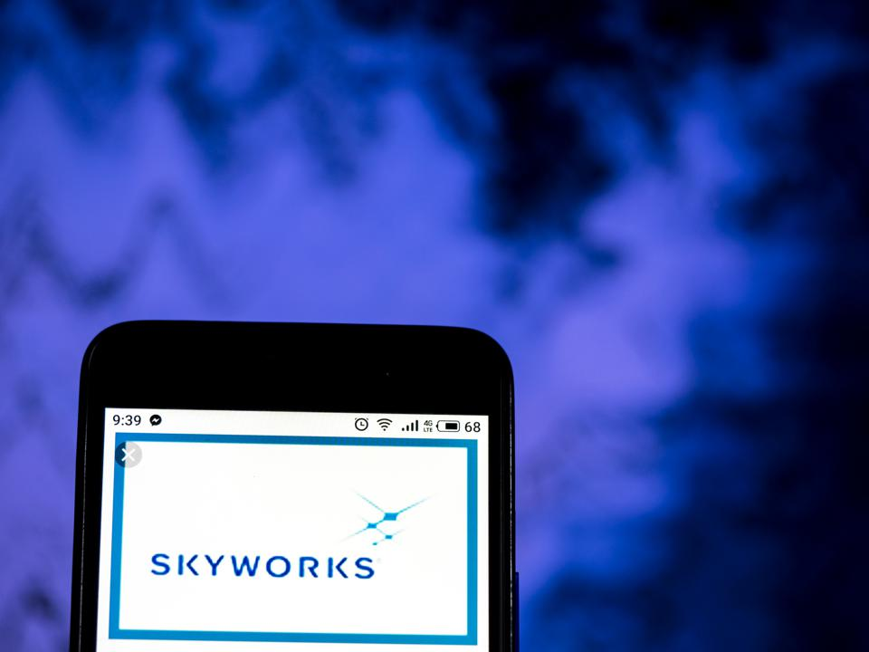Skyworks Solutions Semiconductor manufacturing company logo