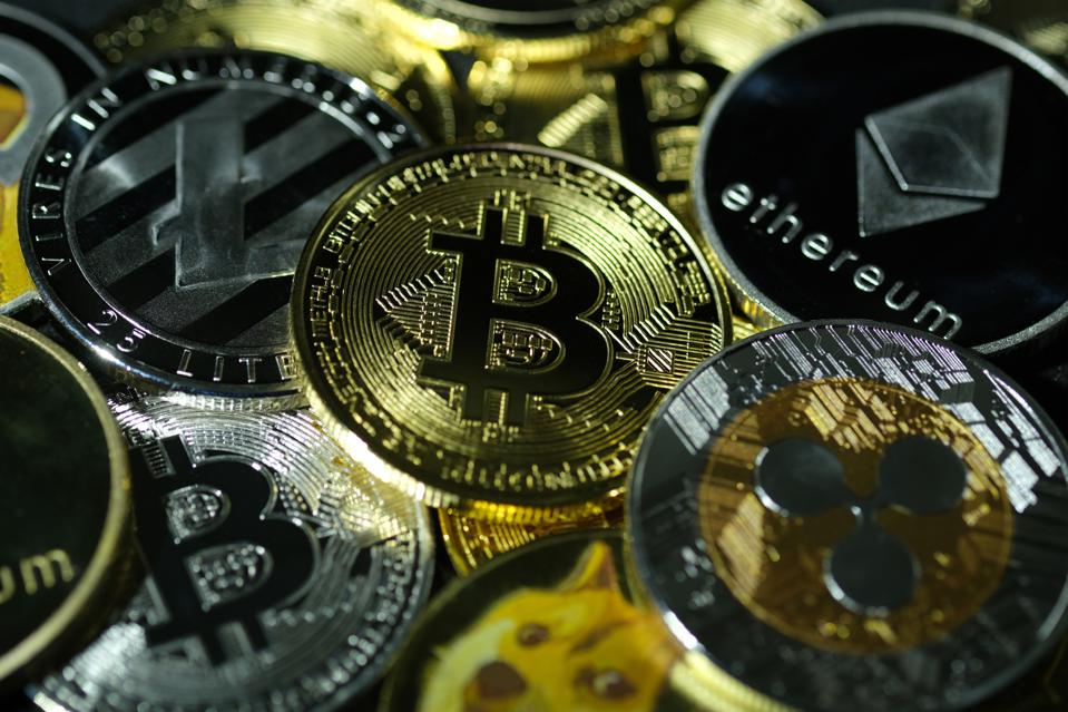 bitcoin, bitcoin price, ethereum, Ripple, XRP, litecoin, polkadot, chainlink, cardano, image