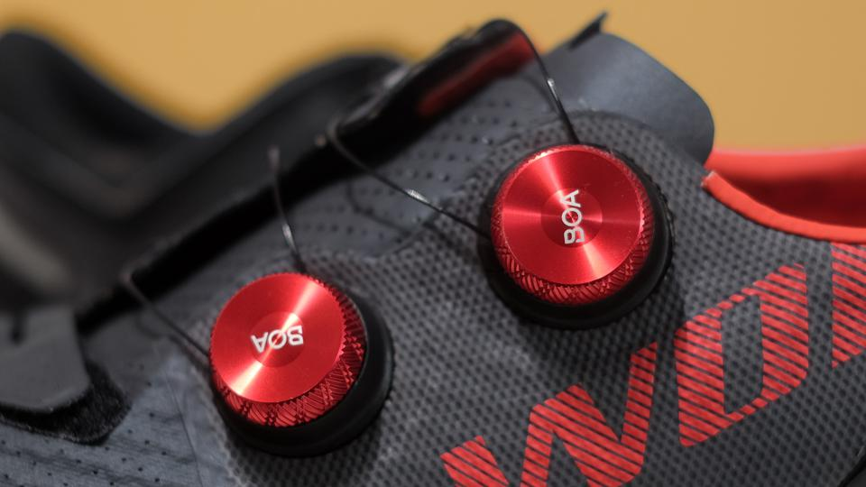 A photo of the S-Works 7 Boa S3 dials.