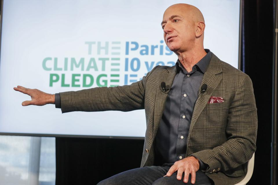 Unlike the other tech companies, Amazon doesn't reveal its energy use. Why not?