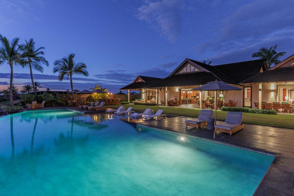 swimming pool at 73-4746 aukai pl, kaulua-kona, hawaii
