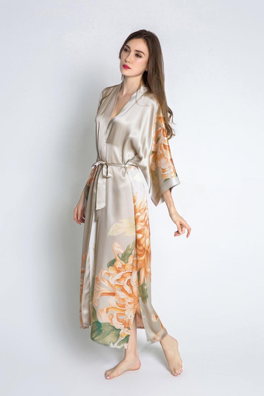 KIM + ONO Silk Kimono Robe