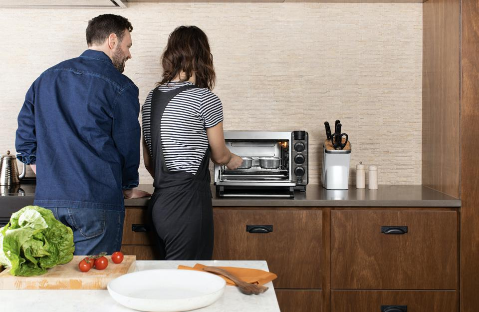 According to its website, Tovala is 'the meal service for insanely busy people.' The company boasted 10x growth over the past 18 months, and customers engage with the smart-oven on average 32 times a month.