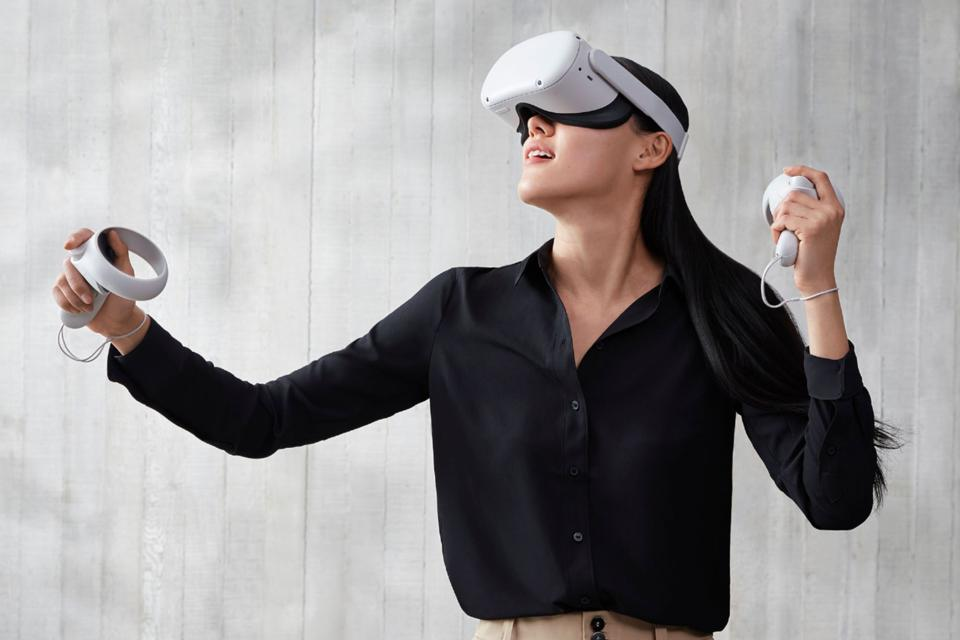 Lady playing Oculus Quest 2
