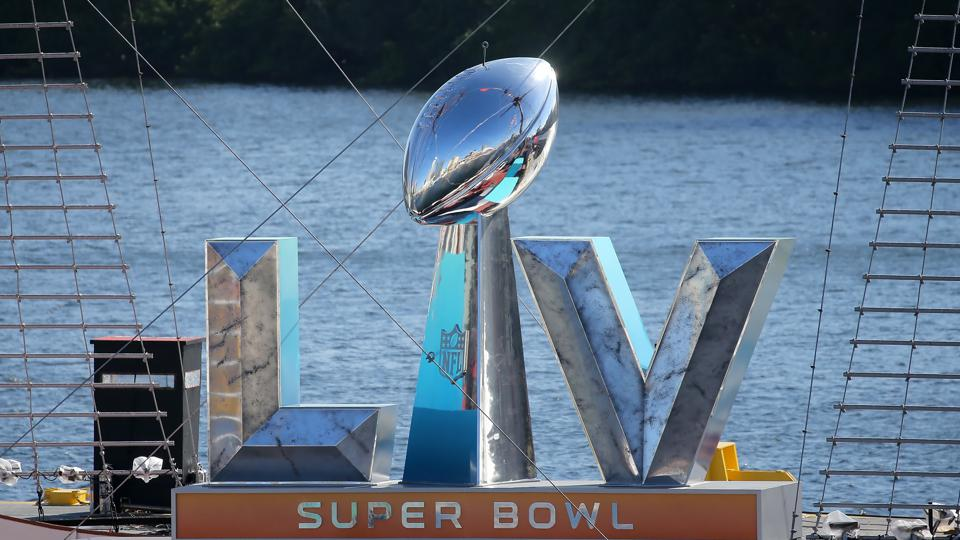 This year's Super Bowl with eleven ads from Internet companies harkens back to the 2000 Super Bowl, called the ″Dot.com Super Bowl.″