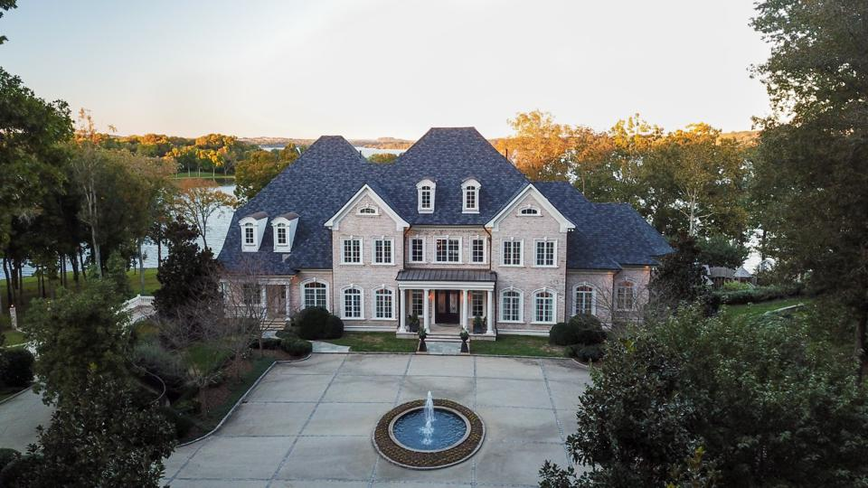 Mansion in wooded area