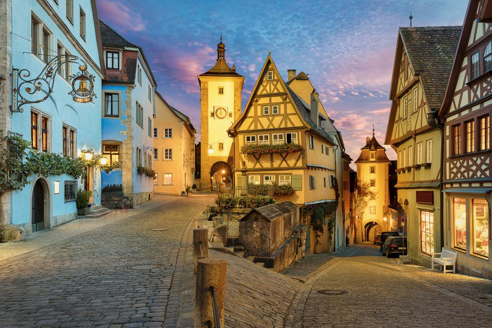 Ploenlein with Siebers Tower and Kobolzell Gate, Rothenburg ob der Tauber, Bavaria, Germany