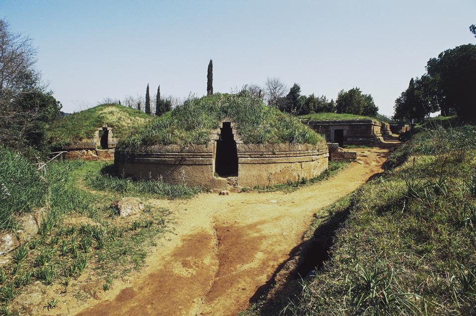 Tumulus tomb, Etruscan necropolis of Banditaccia
