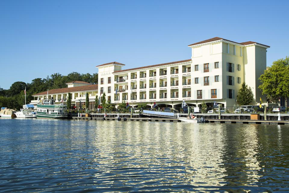 hotel on the water