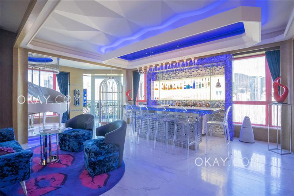 living room and bar at 6 Shiu Fai Terrace Mid-levels East hong kong
