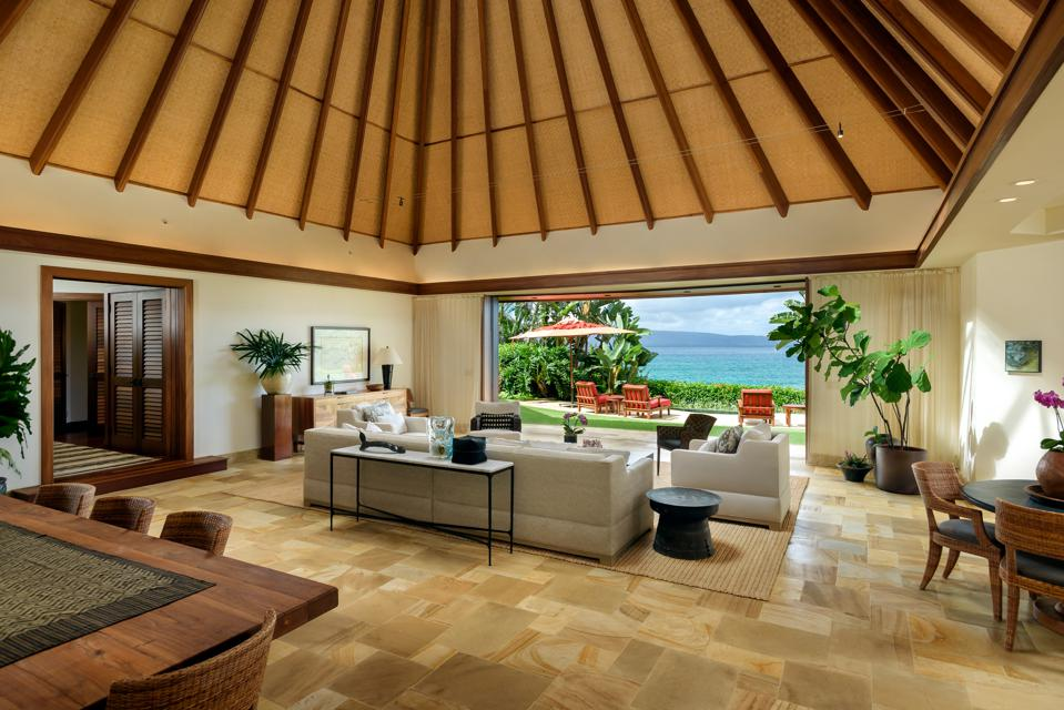 living room at the luxury home at 7381 Makena in mauai hawaii