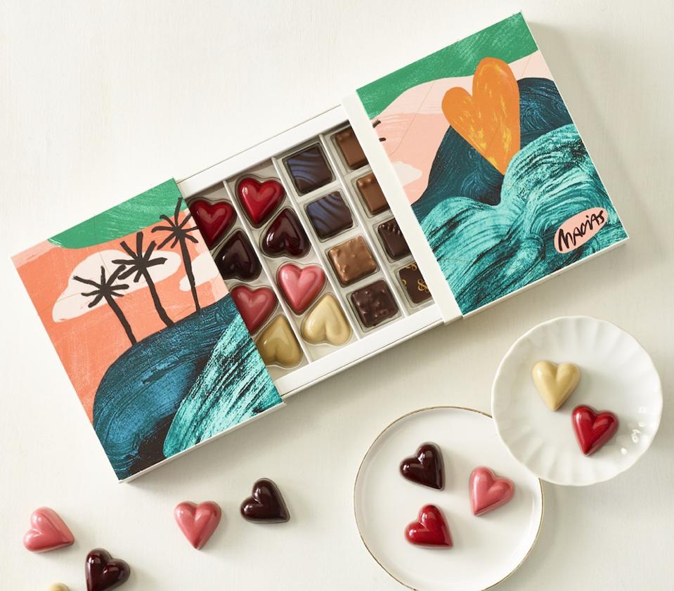 andSons Hearts & Hills Chocolate Box