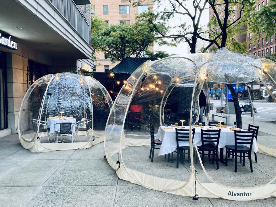 Upper West Side Italian spot Lucciola has bubbles that keep diners toasty and attract curious onlookers.