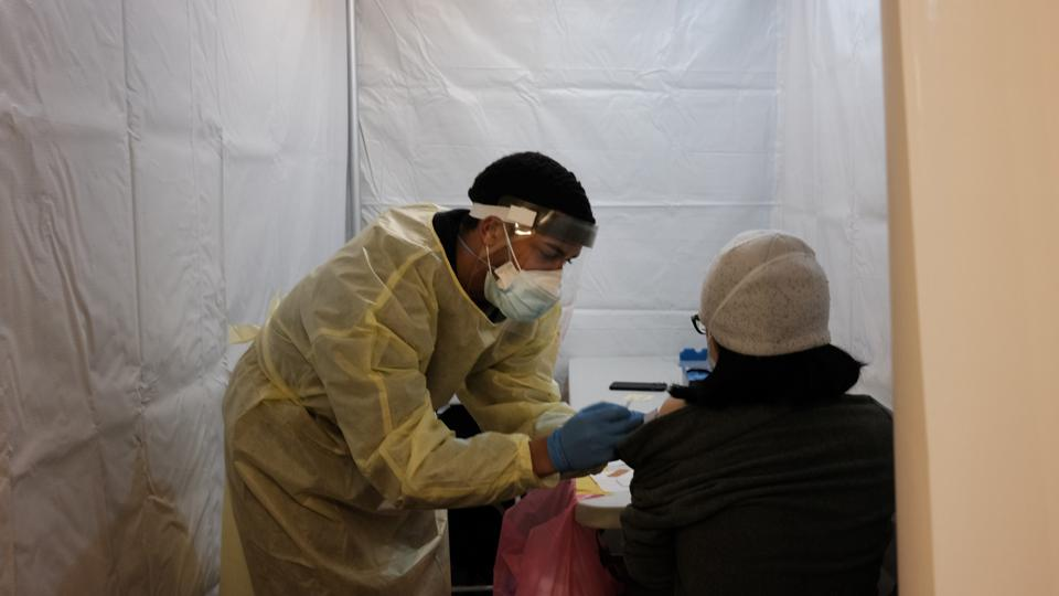 Pop Up Vaccination Sites Open In New York City