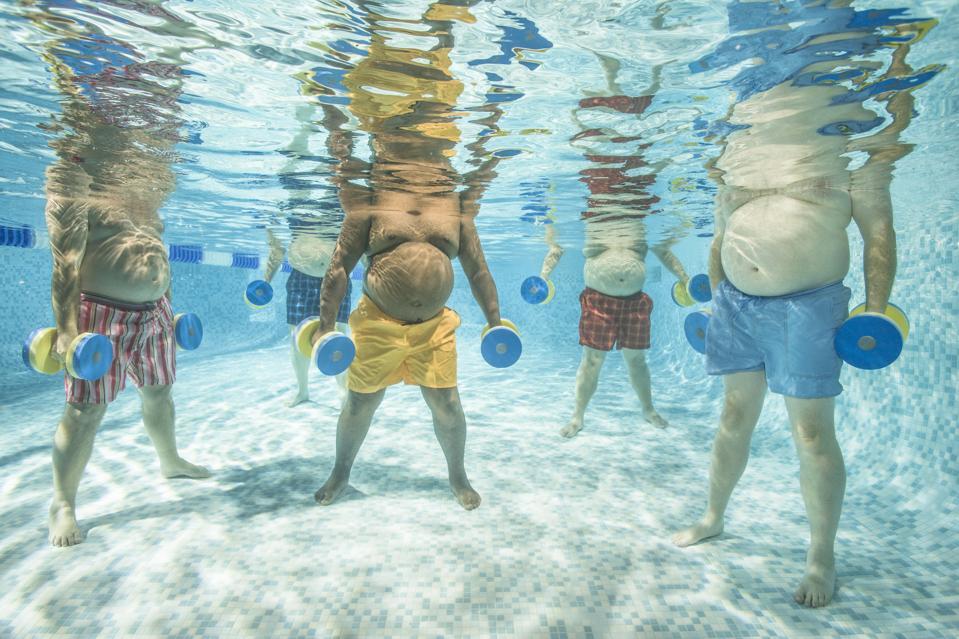 aquaerobics class or water aerobics class