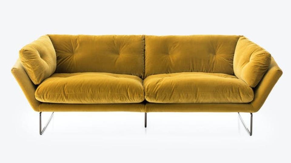 Presidents Day furniture sale New York Suite Sofa