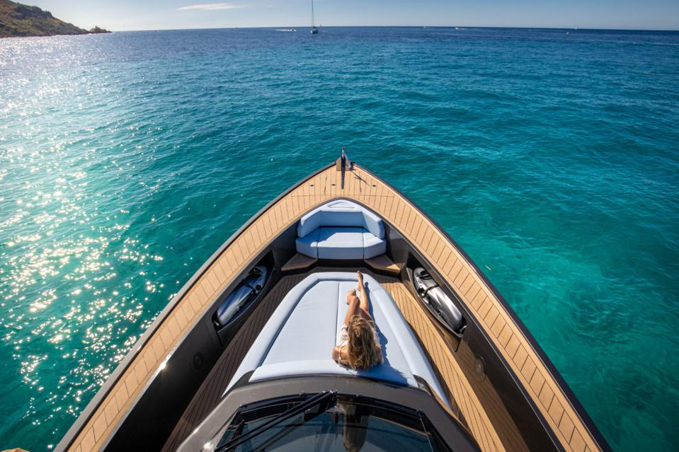 Foredeck of the Wajer Yachts 55S