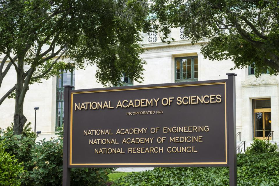 Washington DC, National Academy of Science, exterior sign