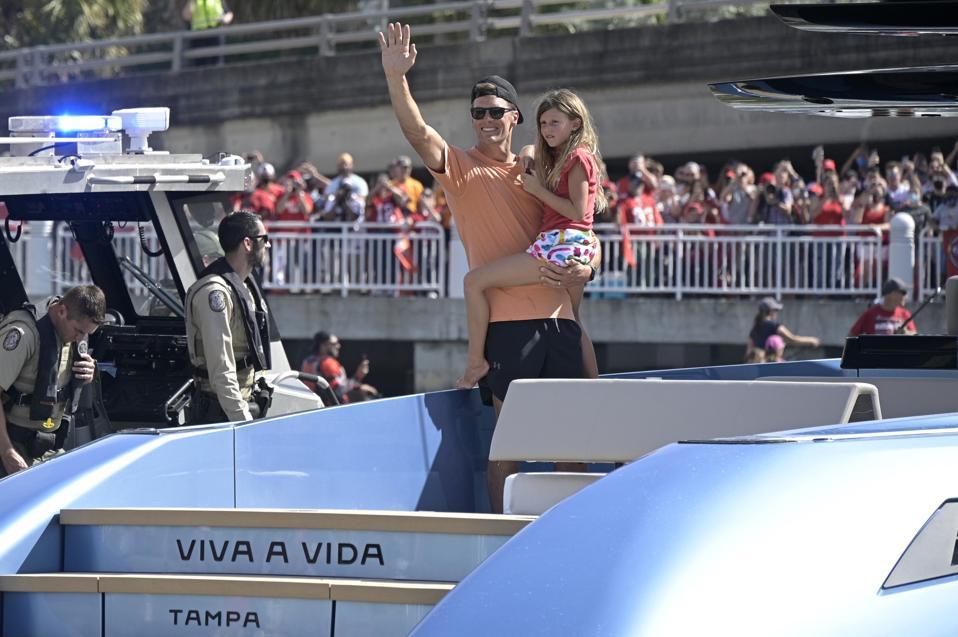 Buccaneers Boat Parade Football