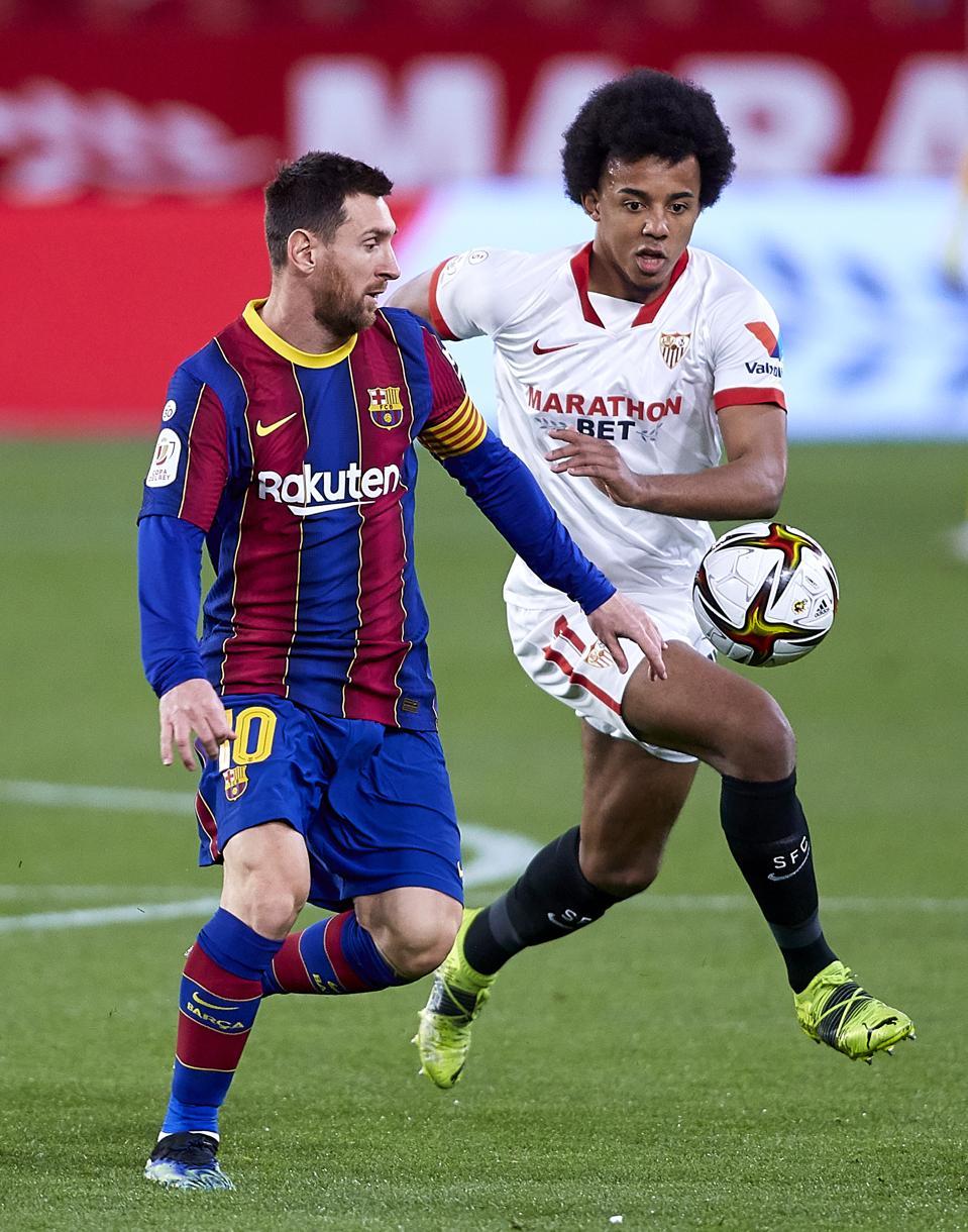 Sevilla v FC Barcelona: Copa del Rey Semi Final First Leg