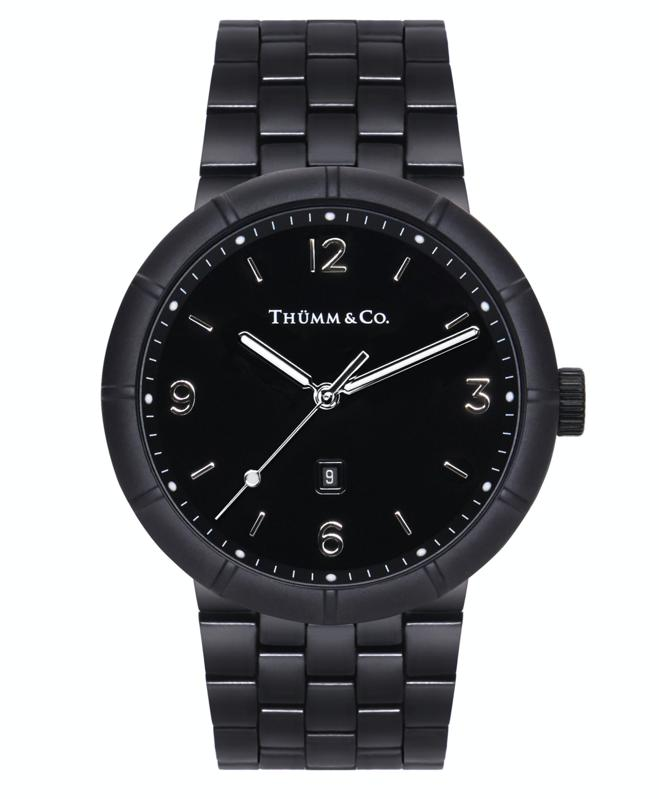 Thümm & Co.'s Hoss men's watch is your solution to dressing handsome without compromising your bank balance. An everyday must-have, the Hoss mens watch features a 41mm black IP case, matte black zirconia ceramic bezel with twelve raised stations, black IP 90-link bracelet with a butterfly buckle, and long-lasting SuperLuminova stations on the hands and black enamel-finish dial.