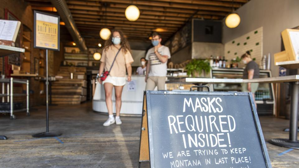 Montana restaurant with sign that masks are required inside