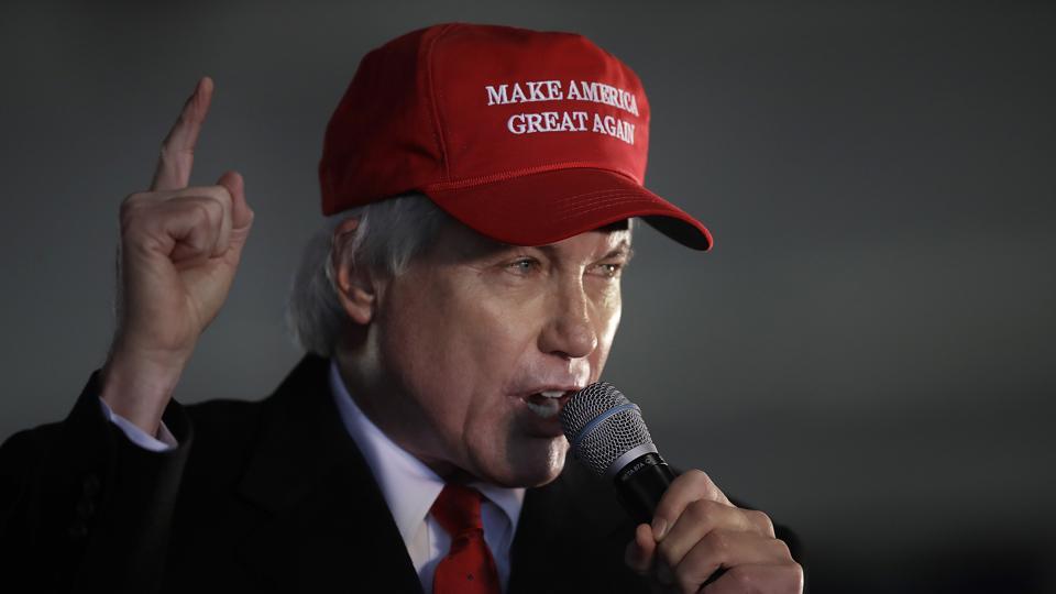 Lin Wood Georgia rally wearing MAGA hat