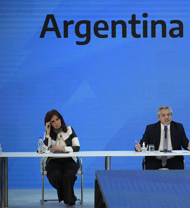 Presidente Alberto Fernandez explica o negócio com credores privados