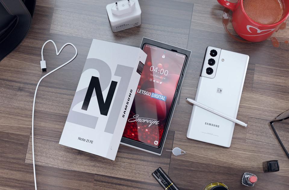 Concetto di Samsung Galaxy Note 21 Fan Edition
