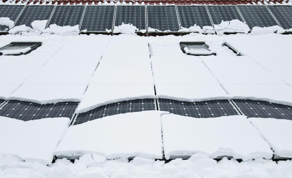 Snow on a photovoltaic system