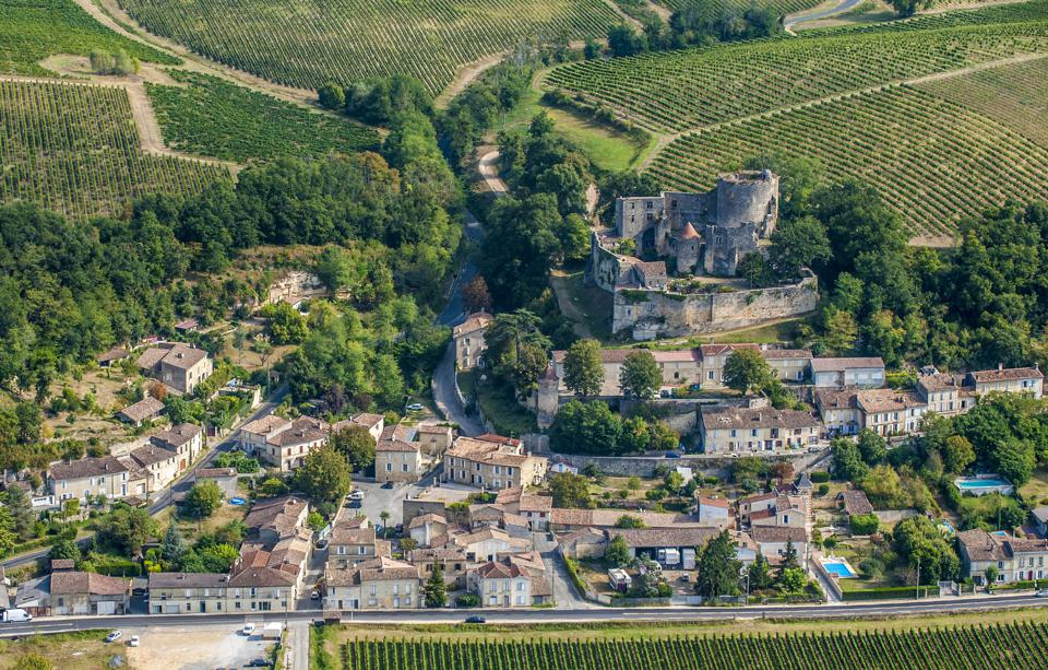 Entre-deux-Mers village, Bordeaux