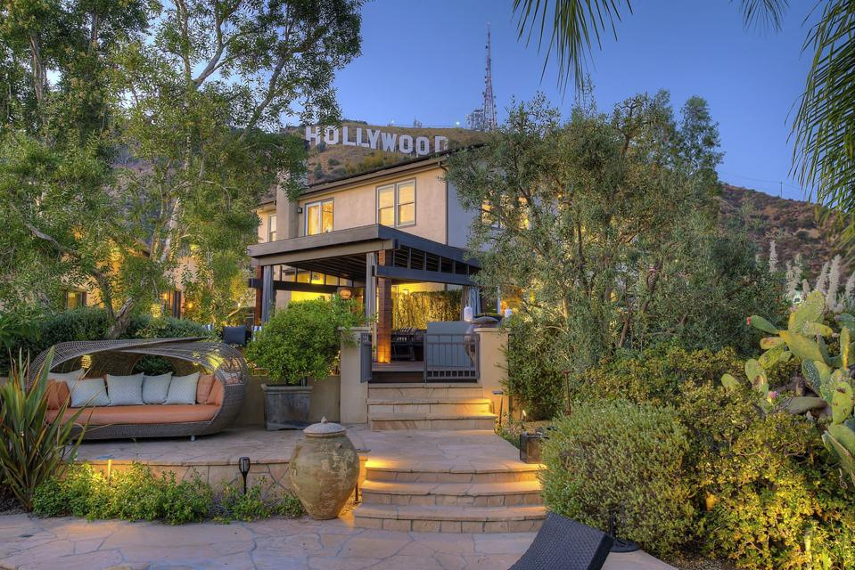 hollywood sign in background of tommy shaw's former los angeles home