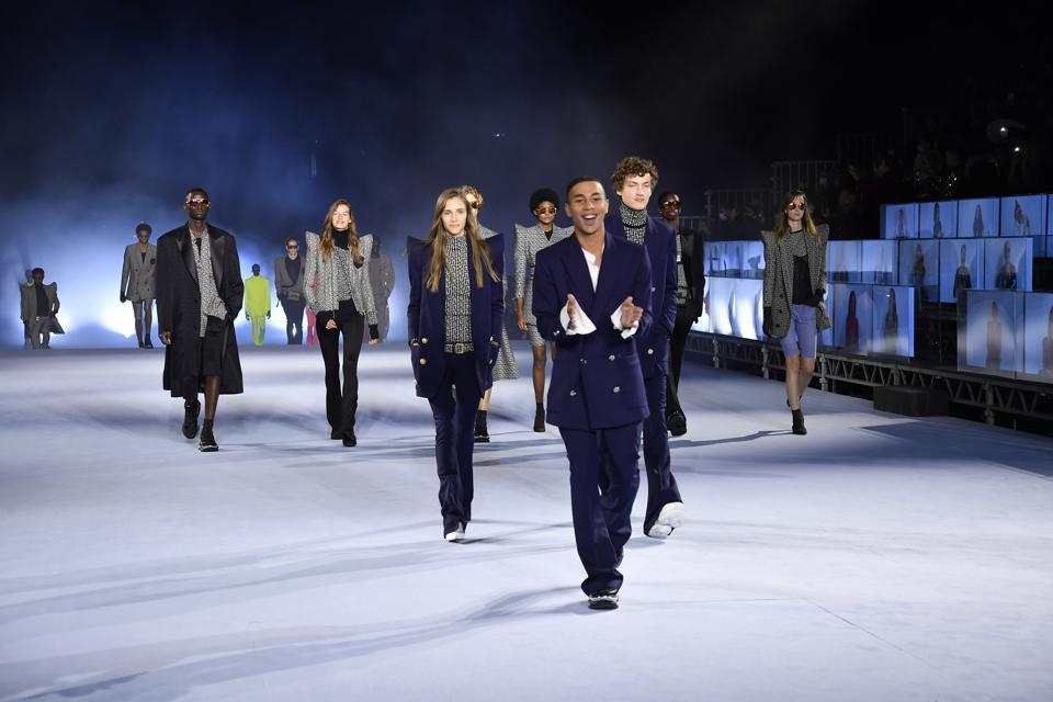 Balmain : Runway - Paris Fashion Week - Womenswear Spring/Summer 2021