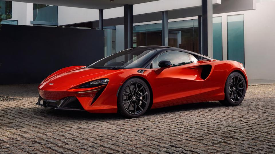 The new Artura is McLaren's first series production hybrid supercar.