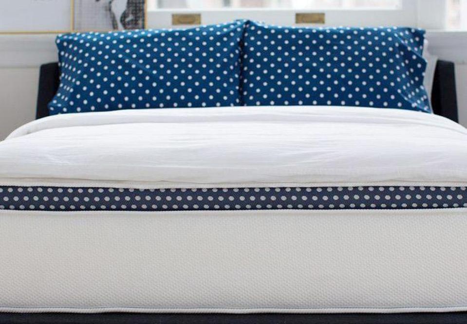 WinkBeds Luxury Hybrid Mattress (Queen)