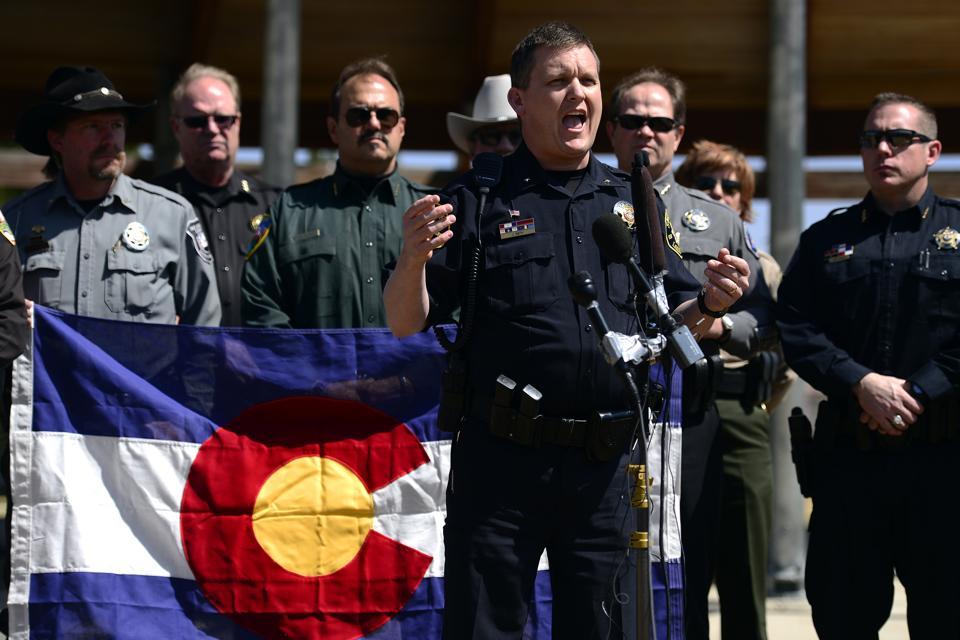 Sheriffs  speak out against gun control