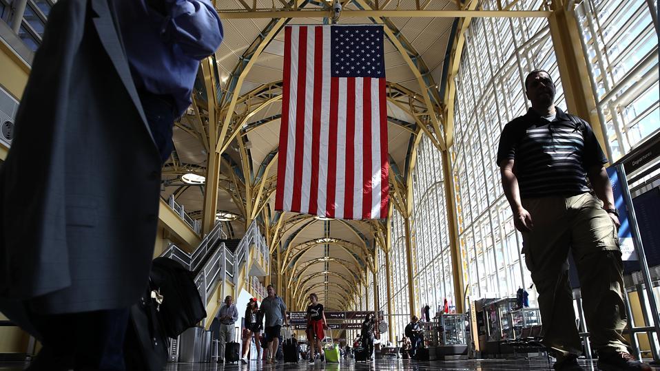 TSA Predicts Record Air Travel For Friday Before July 4th Holiday